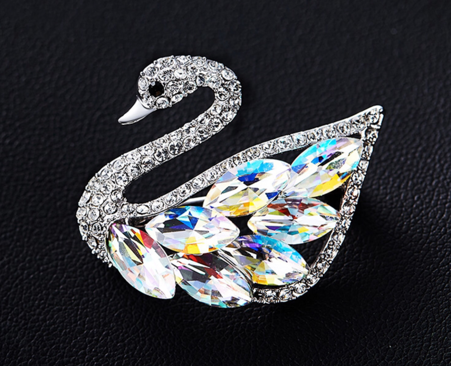 Brošňa Swan crystal AB Swarovski elements
